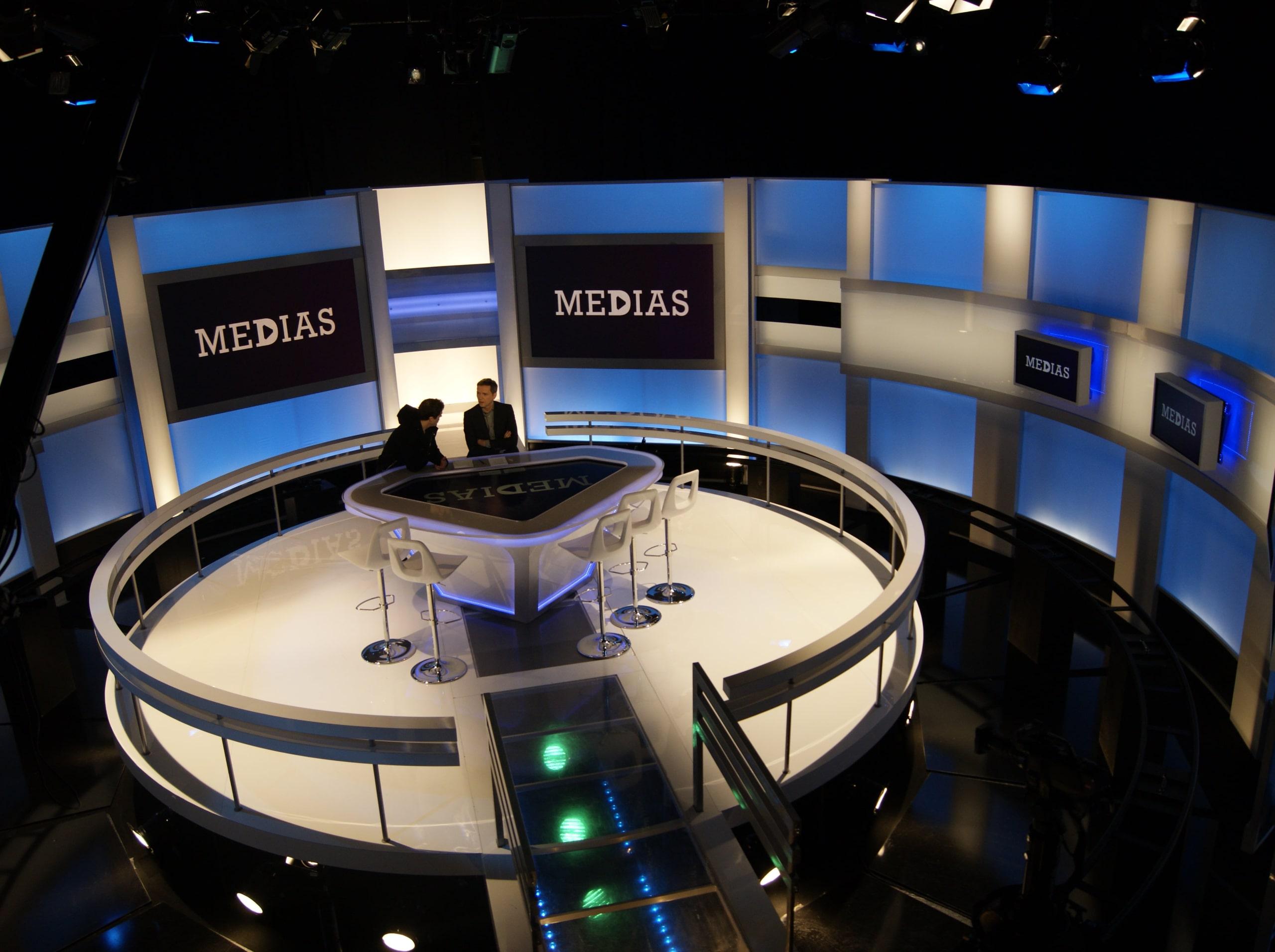 plateau tv de media le mag